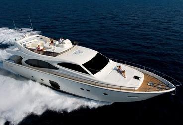 Ferretti 780 (Fly / Motor Yacht)