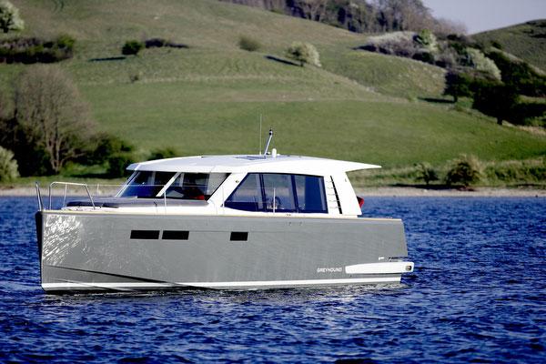 Fjord 40 Cruiser (Power Boat)