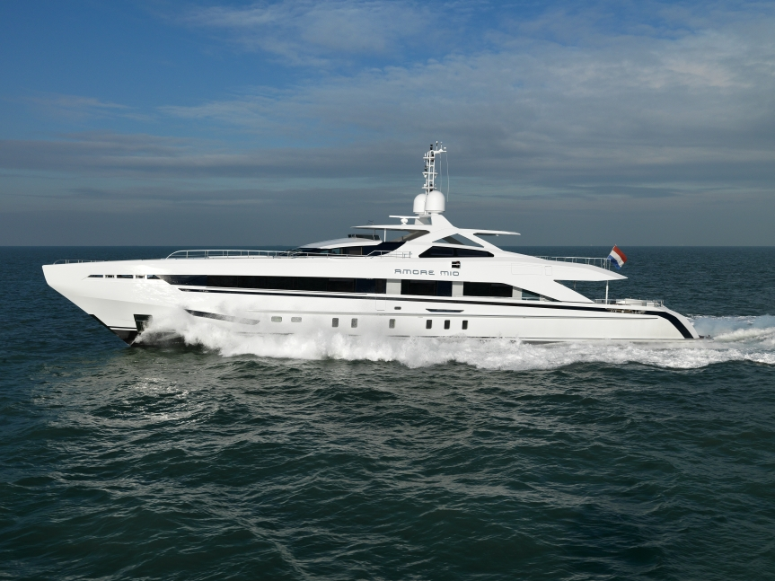 Heesen Yachts <strong>Amore Mio</strong> (Motor Yacht)