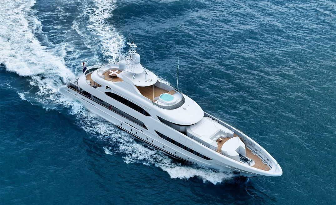 Heesen Yachts <strong>Book Ends</strong> (Motor Yacht)