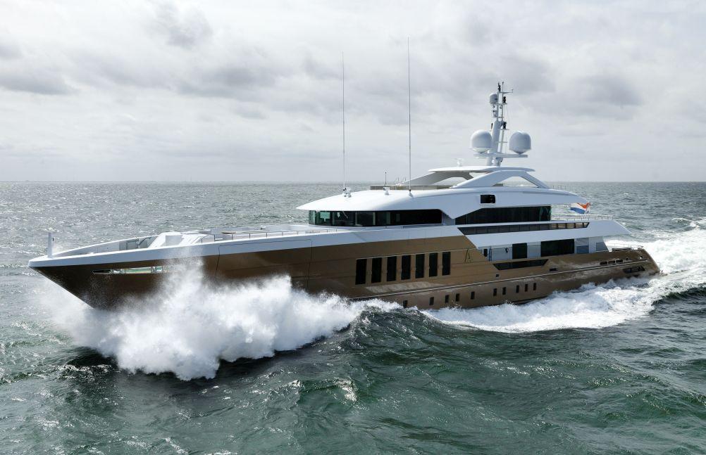 Heesen Yachts <strong>Azamanta</strong> (Motor Yacht)