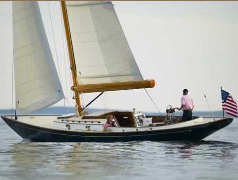 Hinckley DS42 (Sailing Yacht)