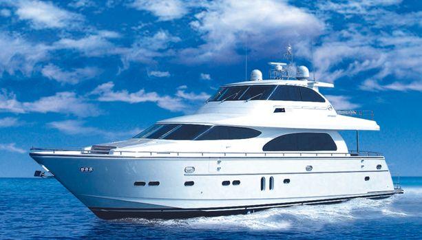 Horizon Yachts E84 (Fly / Motor Yacht)