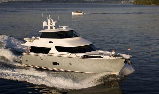 Horizon Yachts V68 (Motor Yacht)