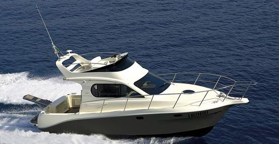 Intermare 30 Fly (Fly / Power Boat)