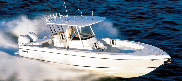 Intrepid Boats 323 CC (Fisher)