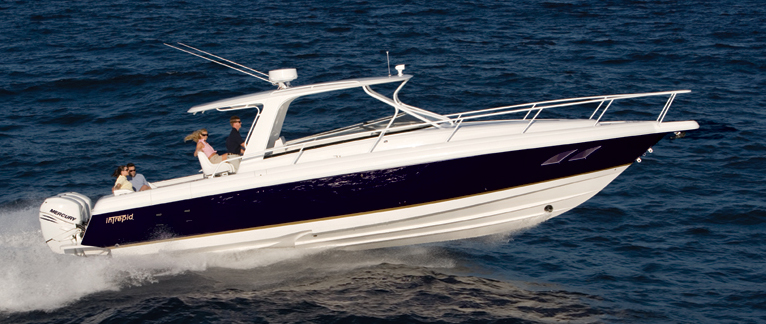 Intrepid Boats 390 SY (Day cruiser)