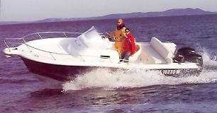 Kelt White Shark 248 (Day cruiser)