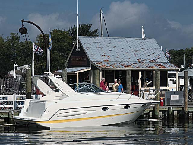 Maxum 2900 SE (Day cruiser)