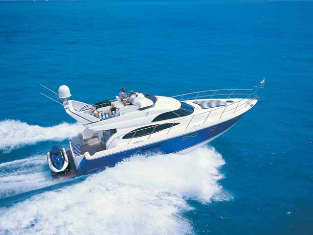 Mustang Cruisers 4850 Sports Yacht (Fly / Motor Yacht)