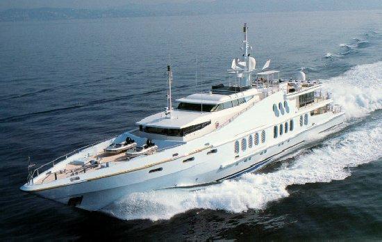 Oceanfast <strong>True Blue</strong> (Motor Yacht)