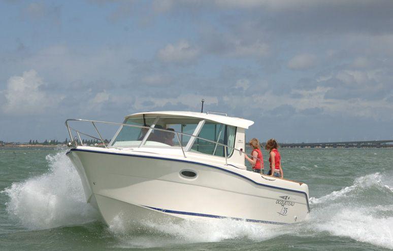 Ocqueteau 7.35 (Power Boat)