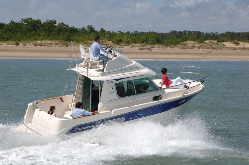 Ocqueteau 8.85 (Fly / Power Boat)