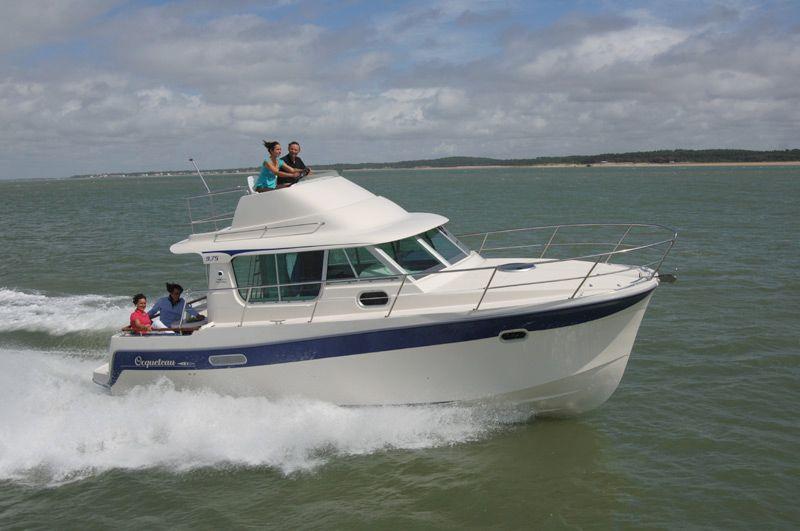 Ocqueteau 9.75 (Fly / Power Boat)