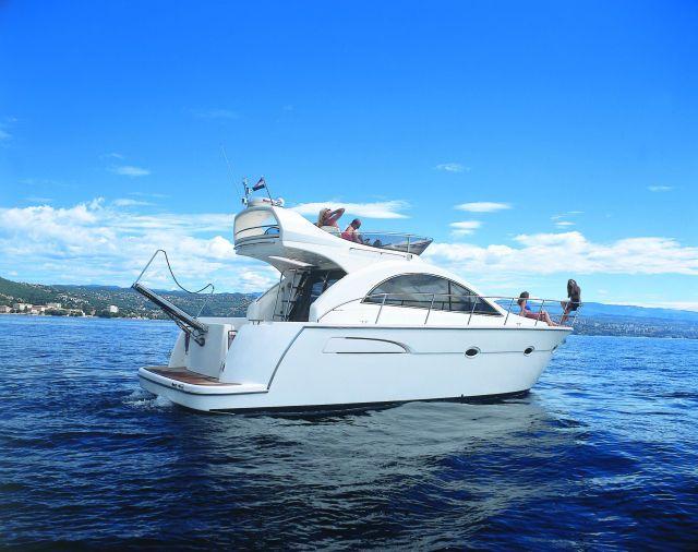 Prinz Yachts 40 Fly (Fly / Power Boat)