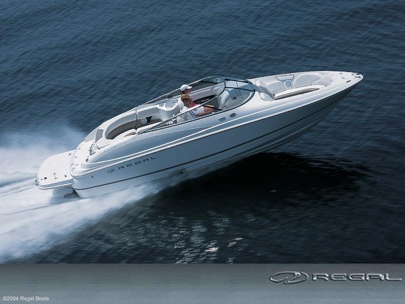 Regal Boats 2400 Bowrider (Pêche Promenade)