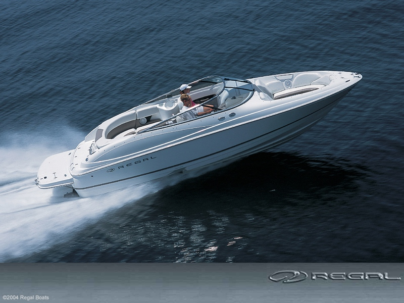 Regal Boats 2400 Fastrac Bowrider (Pêche Promenade)