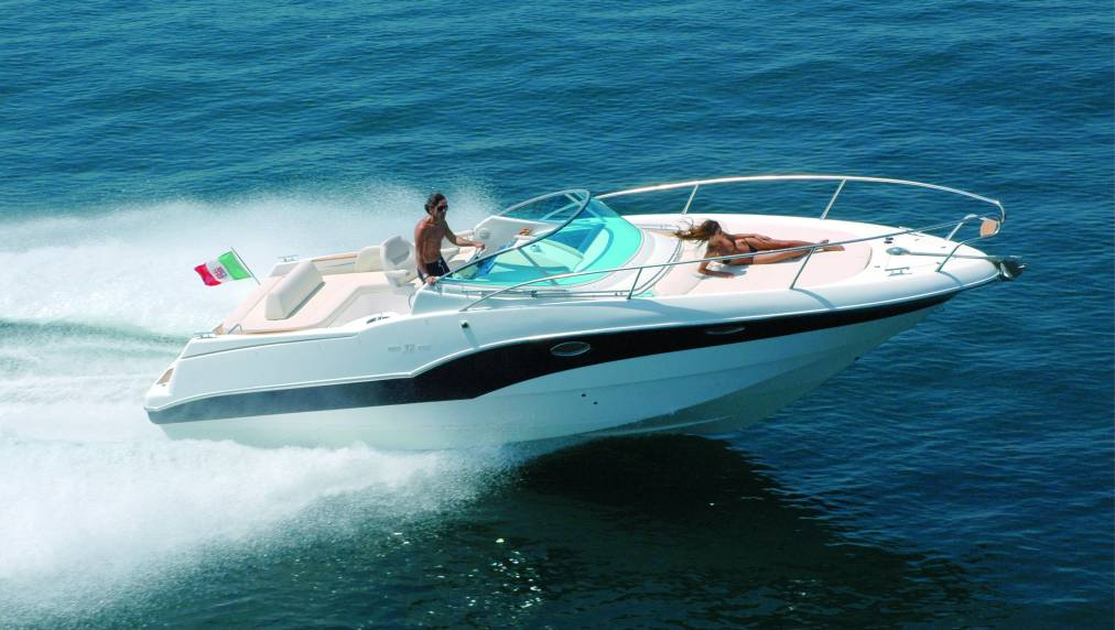 Rio Yachts 32 Blu (Day cruiser)
