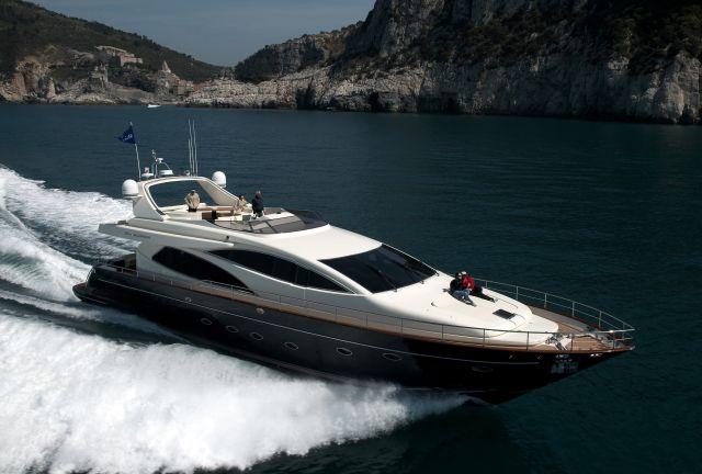 Riva Yachts 85 Opera (Fly / Motor Yacht)