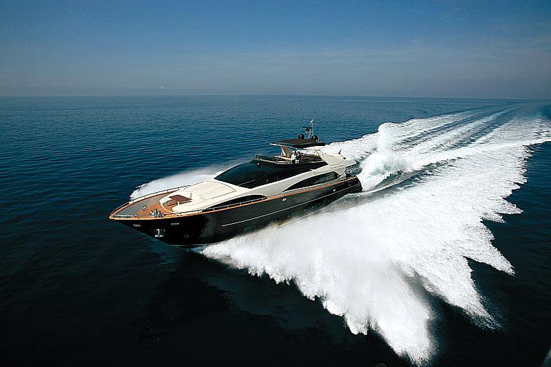 Riva Yachts 92 Duchessa (Fly / Motor Yacht)