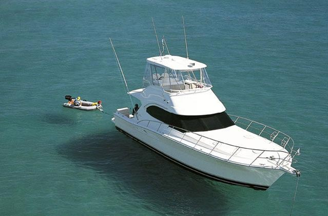 Riviera 42 (Pêche / Motor Yacht)