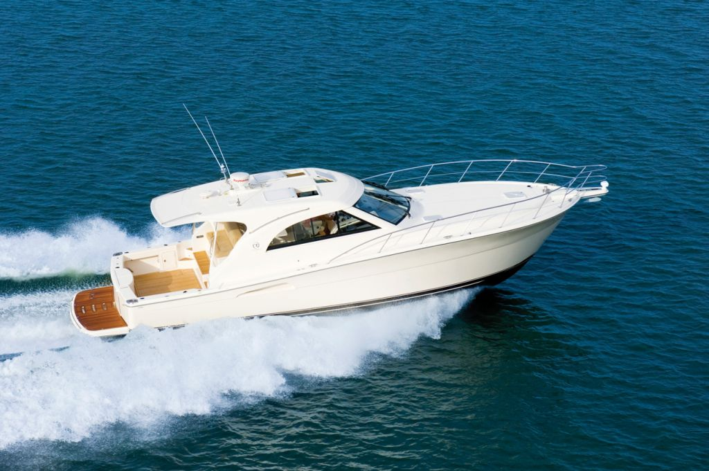 Riviera 43 Offshore Express (Motor Yacht)