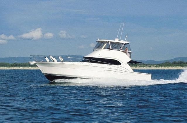 Riviera 47 Series II (Pêche / Motor Yacht)