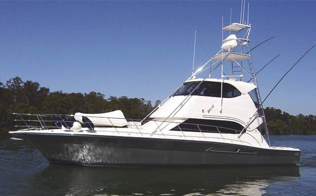 Riviera 51 Enclosed (Pêche / Motor Yacht)