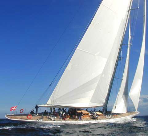 Royal Denship <strong>Ranger</strong> (Sailing Yacht)