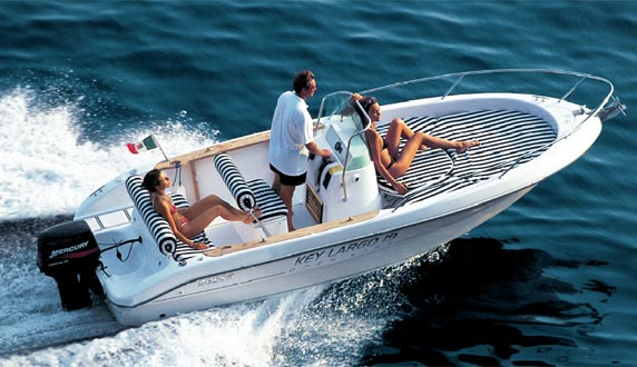 Sessa Marine Key Largo 19 (Day Open)