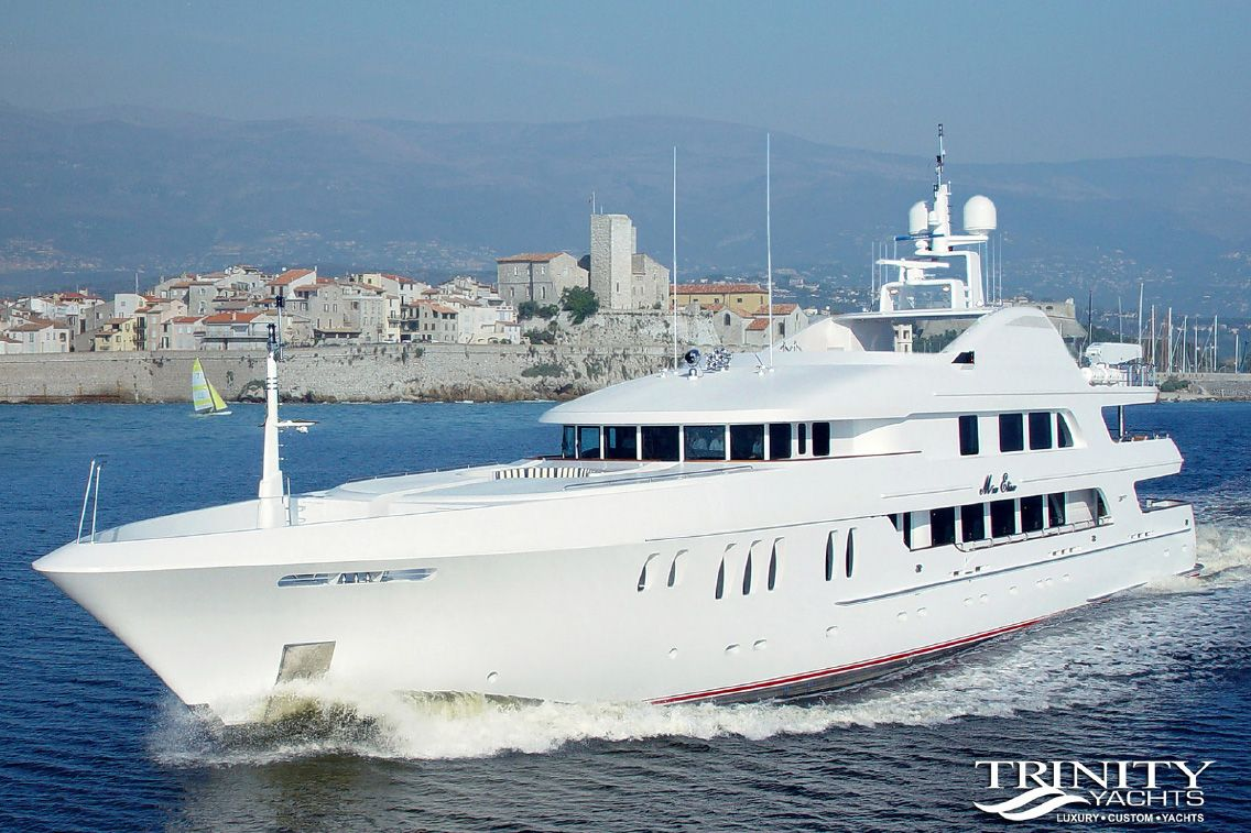 Trinity Yachts <strong>Mustique - ex Mia Elise</strong> (Motor Yacht)
